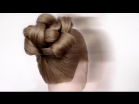 How To do a Quick and Pretty Updo