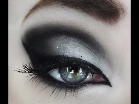 Simple Black and White Monochromatic Tutorial!